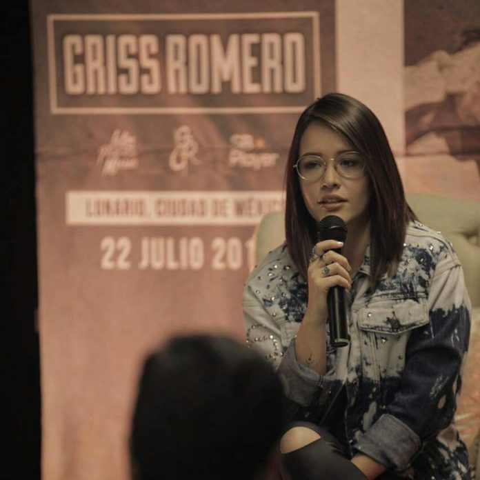 Griss Romero, de la web a los escenarios