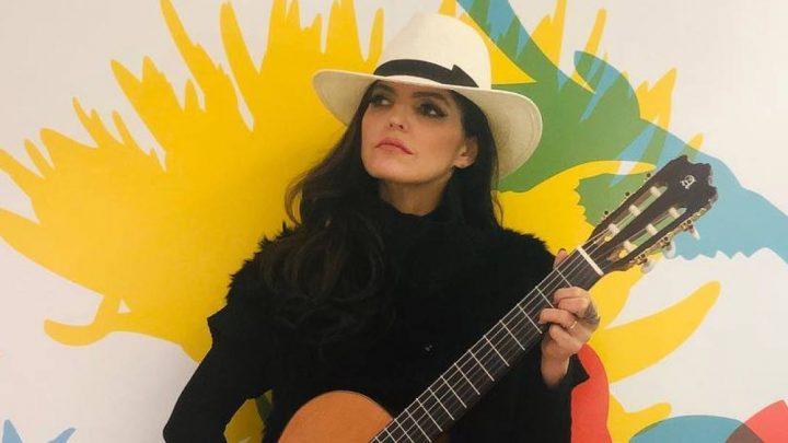 Ana Bárbara felicita a Aracely Arámbula por su cumpleaños
